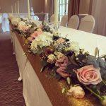 Yesterdays top table weddingflowers weddingflorist weddinginspiration toptable instflowers instawedding goldsequinhellip